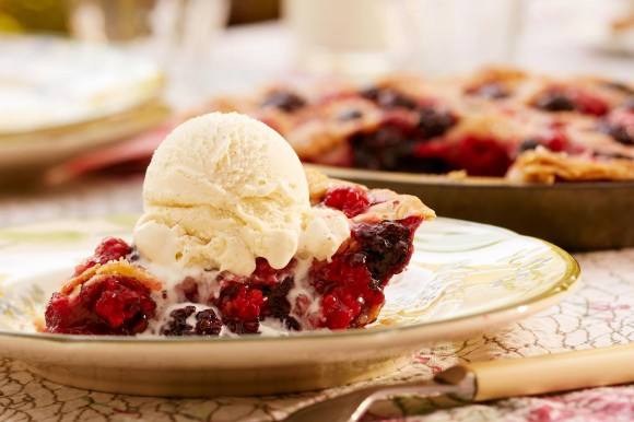 607_1andy_post_editorial_food_photography_pie_and_ice_cream