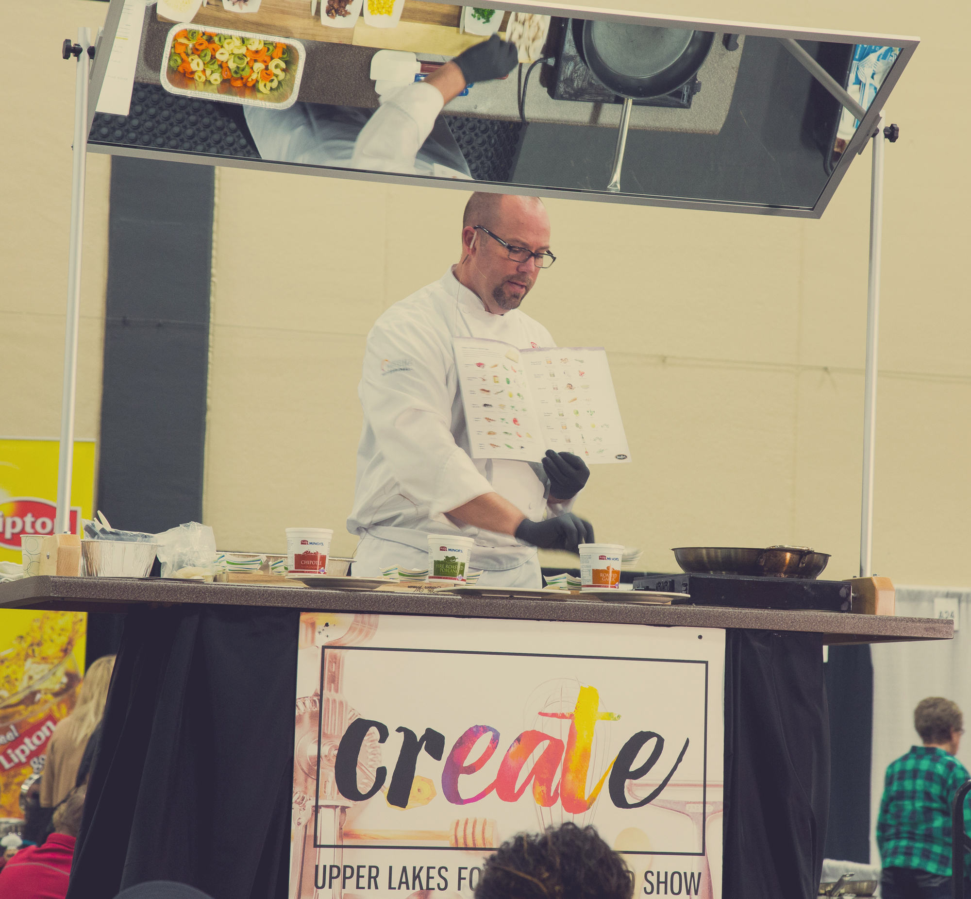 Demo Stage Events at the Spring Food Show