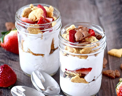Bunny Grahams Yogurt Parfait