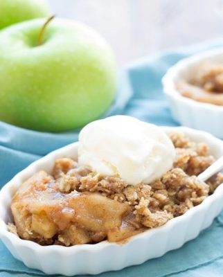 spice-cake-with-apple-cobbler-topping